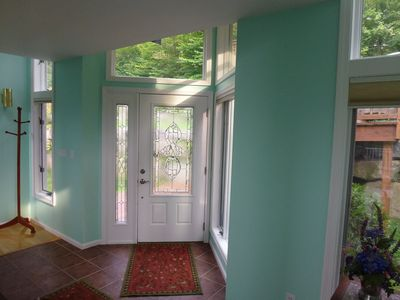 Lincoln house rental - The entryway.