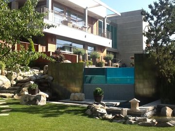 Temecula estate rental - Streams, waterfalls, fountains and river spot the property
