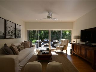 "Coral Gables house photo - Family Rm. fully equipped with Blue Ray, Netflix, Bose stereo system, 55"" HDTV"
