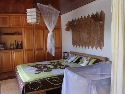 Charming Bungalow, honeymoon or family, airy and spacious, overlooking lagoon