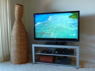 "Kihei condo rental - 46"" LCD TV with HD programming. Plus 26"" LED TV in master bedroom"