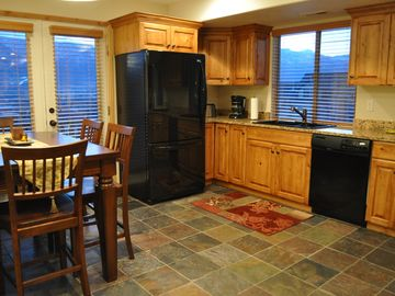 Eden condo rental - Spacious Kitchen. Mountain, Views,Views Views!