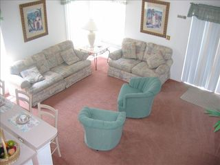 Hampton Lakes villa photo - .Relax in our Lounge Swivel Chairs