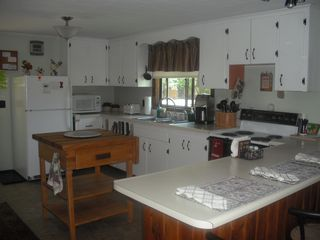 North Conway house photo - Nice butcher block with cutting plate..