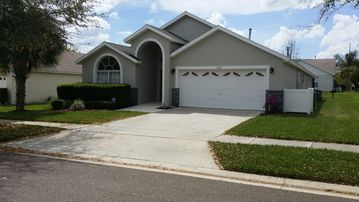 Orange Tree house rental - Bright vacation pool home for you and your family to enjoy!