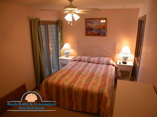 Kill Devil Hills condo photo - Queen Bedroom