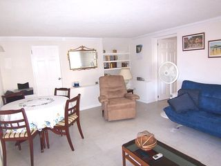 Paynes Bay apartment photo - Lounge and dining area