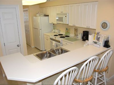 Come in for a tour - fully equipped Kitchen - free private Wi-Fi modem
