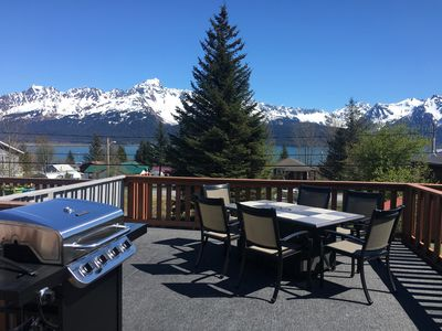 Fisher's Hideaway- Townhome- Downtown, Huge Deck and Amazing Views!