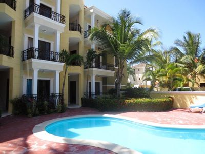Punta Cana condo rental - grounds