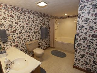 Gatlinburg condo photo - Master Bath - IS - Wheelchair Accessible