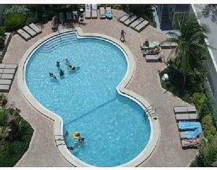Hollywood Beach condo photo - pool