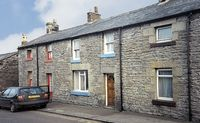 FISHERMANS COTTAGE, pet friendly in Seahouses, Ref 207