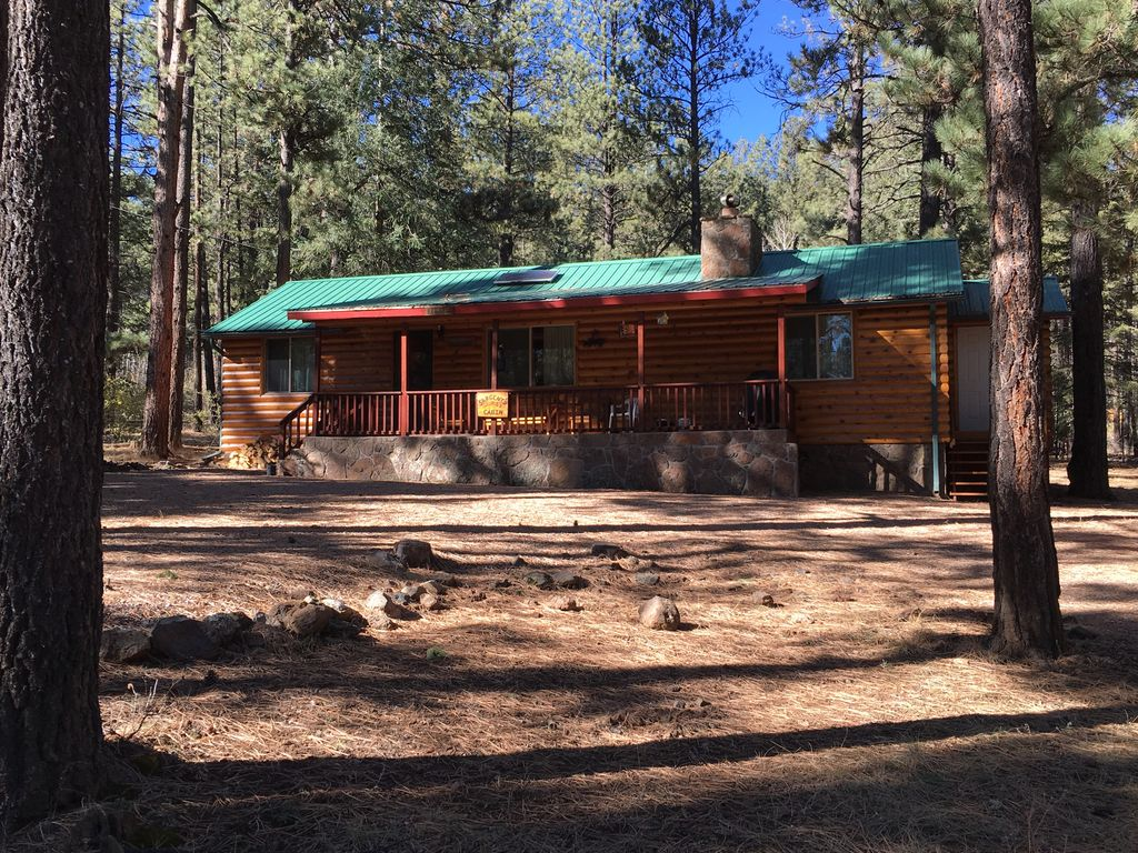 Greer cozy affordable mountain cabin with vrbo for Cabins to rent in greer az