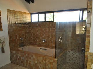 Master Bathroom - Kailua Kona condo vacation rental photo