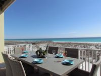 5 Star Beachfront Luxury........welcome to The Sea & The Stars!!!