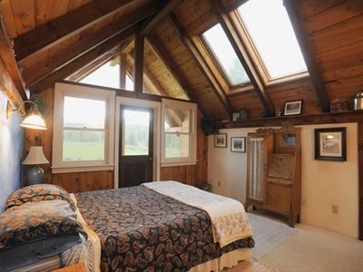 Lodgepine Master Bedroom with Bath