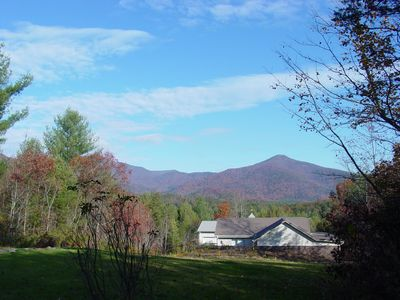 Spectacular Mountain Views of Trey & Chimney Mountains; NO FEES