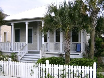 Charming front porch and picket fence. What's not to love?