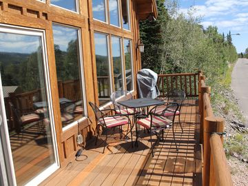 Enjoy spectacular moutain views of the Brian Head summit from our front deck