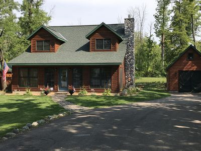 Stunning private lake home located on beautiful Cove Bay.
