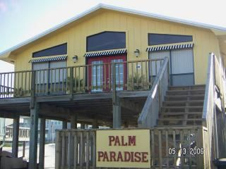 Gulf Shores house rental - Front deck has seating, and a nice gulf view