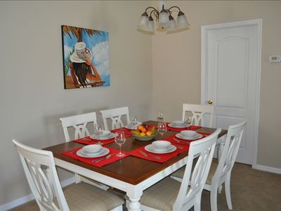 Dining Room, seating for 6, and an additional seating of 4 at the breakfast bar.
