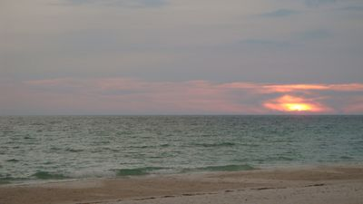 Bradenton Beach condo rental - See what I mean!