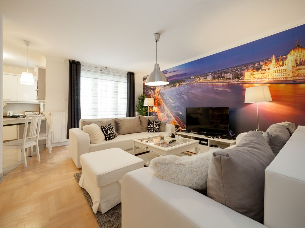 Family Apartment HOLLO2 3bdr for groups, large families, baby and pet friendly
