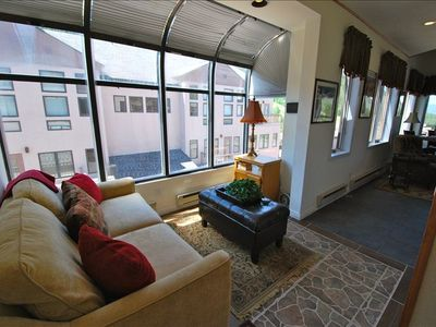 You'll feel right at home when you enter our beautiful Slopeside condo!