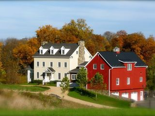 Leesburg farmhouse photo - Zion Springs in the Fall
