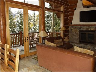 Mountain Village house photo - Living Room with Gas Fireplace