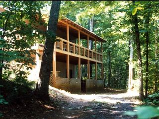 Blue Ridge cabin photo - Front with large deck & parking on each floor.