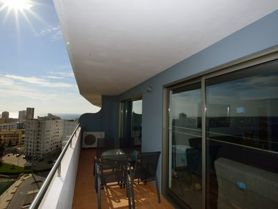 Fully Air Conditioned Luxury 9th Floor Apartment with Balcony & Ocean Views