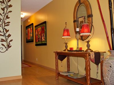 Bright, cheery interior tastefully decorated with orig pieces AISIAN/HAWAII decor