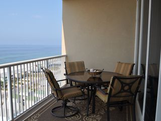 Gulf Shores condo photo - Dinner overlooking the beach