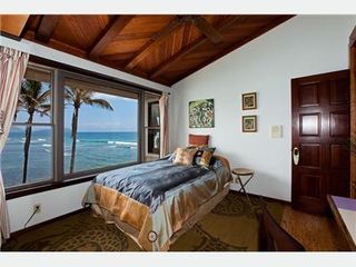 Diamond Head house photo - Guest Bedroom
