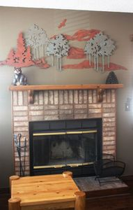 Wood burning fireplace--so cozy!