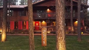 Pinetop cabin rental - LARGE GRASSY FRONT YARD - NOT THE DOGGY's BATHROOM!!!!