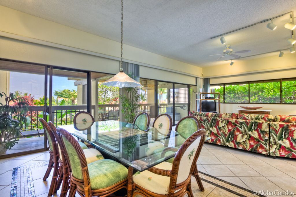 Aloha condos kona coast resort townhome vrbo for Hawaii townhomes for rent