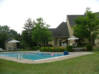 Louisville estate photo - pool side
