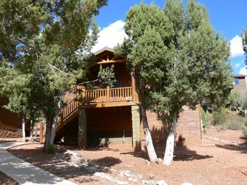 Show Low cabin rental - Our Tree House