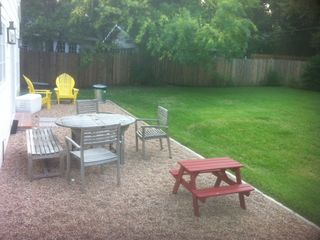 Austin house photo - Backyard table and chairs