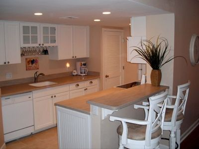 Remodeled fully stocked kitchen; washer/dryer and dining for 8 with 2 bar stools