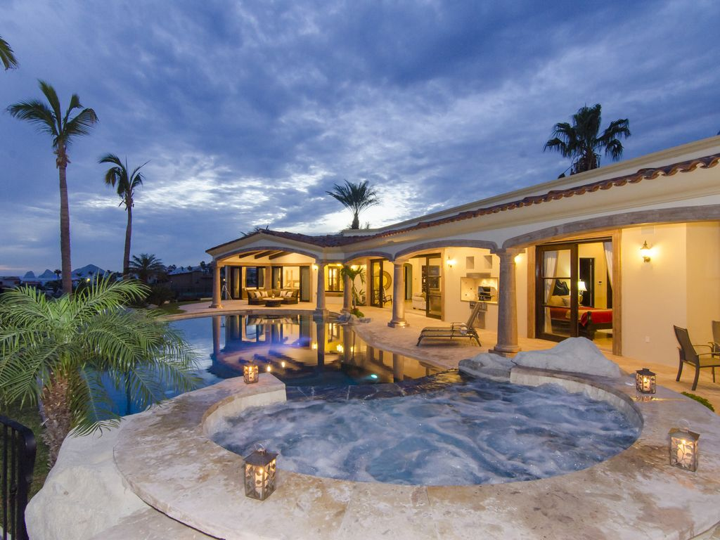 5 Bedroom Luxury Home In Private Beach And Vrbo