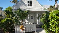 Sea Breeze Cottage- in Beautiful Truman Annex