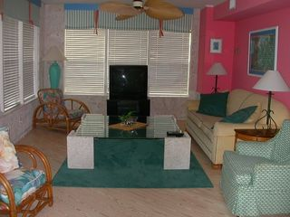 Anna Maria house photo - Beachy-themed Living Room