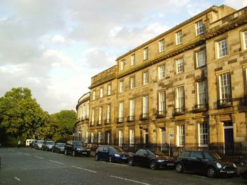 Edinburgh apartment rental - Carlton Terrace
