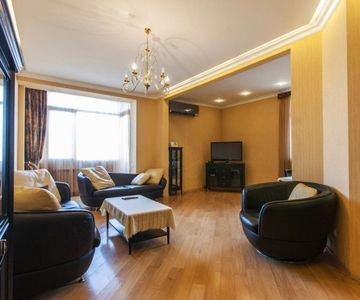 100m2 Luxury Apartment with Elevaotr Parking Lot in Tiblisi