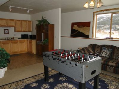 Also available in the rec room is fooseball, a wet bar and a CD player.